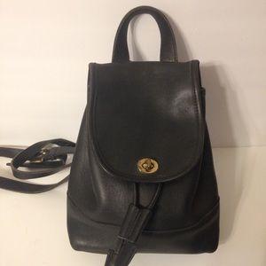 👛 COACH 👛 black vintage daypack backpack black